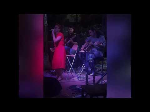 Blind Date Trio voce-chitarra-basso Mantova musiqua.it