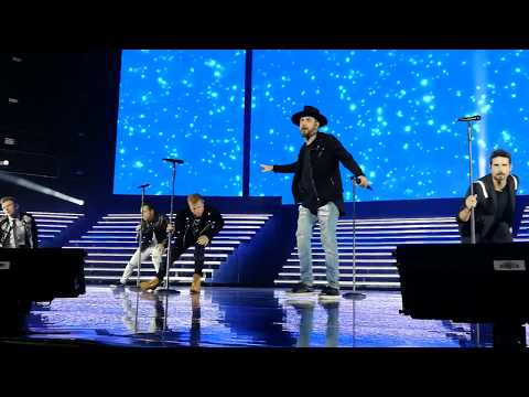 "Backstreet boys ""Don't Go Breaking My Heart"" at Las Vegas 2018/11/10"