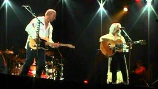 "Mark Knopfler & Emmylou Harris ""Belle Starr"" 2006 London"