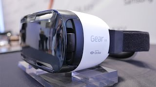 Samsung Gear VR: Blick in die Virtual-Reality-Brille