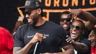 Kawhi Leonard mocks his own laugh in speech at Raptors parade!