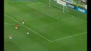 Funny Andrey Arshavin moment in friendly game against Poland