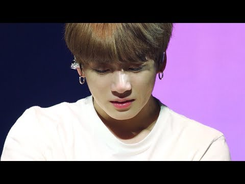 Смотреть BTS: Love Yourself Tour in Seoul