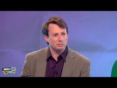 Jimmy Carr podle prince Philipa vypadal jako legrační chlapec - Would I Lie to You?