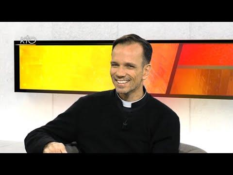 """""""Sa réponse au scandale du Mal qu'il côtoie chaque jour aux Philippines"""" : Père Matthieu Dauchez"""
