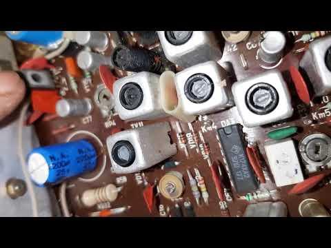 какие дорогие радиодетали в автомобильном радиоприемнике.находки на свалке.
