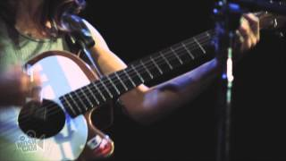 Ani DiFranco - Shameless (Live in New York) | Moshcam