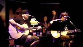 Bowling for Soup - What About Us (acoustic) (1st April 2011 @ The Junction)
