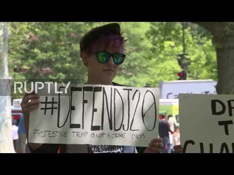 USA: Chelsea Manning speaks out in support of J20 defendants