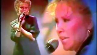 Agnetha Fältskog one way love from the Mike Aan Zee show / may 1985 (restored sound and video)