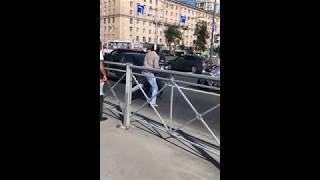 Драка у метро Московская / Санкт-Петербург