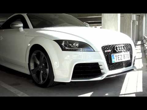 Audi TT RS with 19-inch Wheels