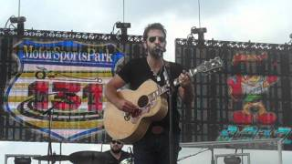 "Josh Kelley ""Naleigh Moon"" at B93 Birthday Bash 2011"