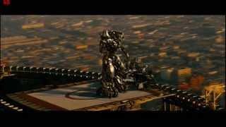 Megatron beats Starscream (rooftop) ROTF good quality
