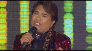 """Gambar cover El imitador de Juan Gabriel emocionó a todos con el tema """"Querida""""   Yo Soy"""