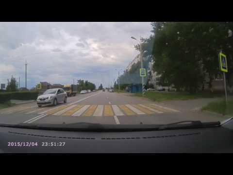 Юные скутеристы врезались в Hyundai Getz