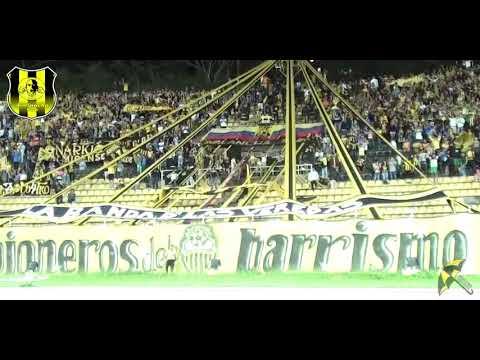 """""""Avalancha Sur  💛🖤// Vamos aurinegro que esta noche tenemos que ganar🎷🥁"""" Barra: Avalancha Sur • Club: Deportivo Táchira • País: Venezuela"""