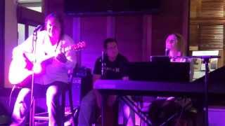 preview picture of video 'Ironic sung by the Ellee Beckman Trio during Sounds @ The Lounge 19.9.14 #Ellee #Sounds #Goulburn'