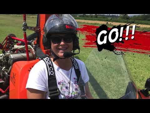 Preview video Un regalo gradito? Un entusiasmante volo in Autogiro!!