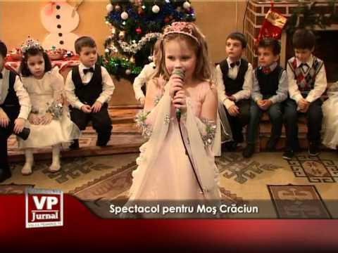 Spectacol pentru Moş Crăciun