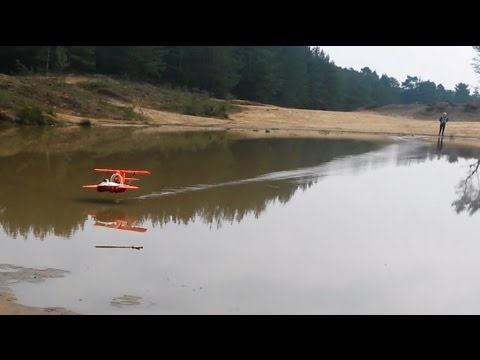 Model Hoverwing Ground Effect Vehicle's First Tests On Water