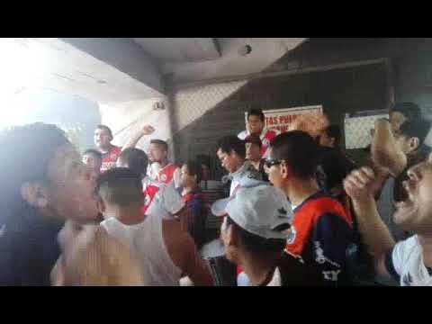 """""""La academia hoy hay que ganar"""" Barra: La Banda del Basurero • Club: Deportivo Municipal"""