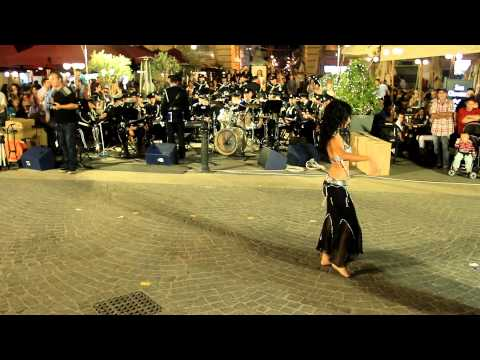 Belly Dancer Cora Turner at Notte Bianca