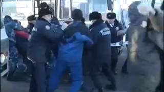 Назарбаев разогнал митинг рабочих в Астане