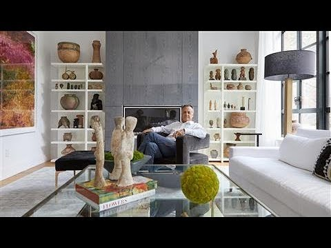 , title : 'Tour a Stunning New York Townhouse with a Museum-Level Art Collection'