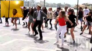 DustDaRapper React: Crazy Uptown Funk Flashmob In Sydney