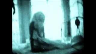 Christina Aguilera - Morning Dessert (Bionic 2010)