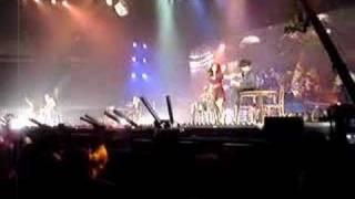 Christina Aguilera - Makes Me Wanna Pray (pt I) - Live in Atlanta