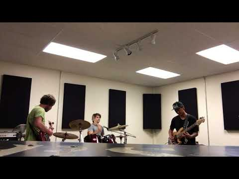 Band practice with Bearer