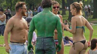 Picking Up Girls: Dad Bod Vs Hulk
