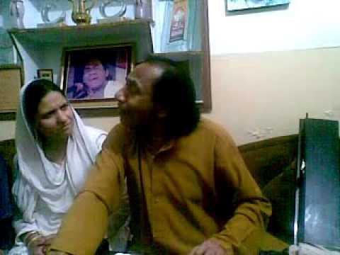 Tariq Pardesi with Ustad Hussain Bakhsh Gullu 2