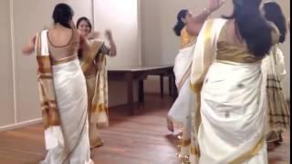 Video Search Result for thiruvathirakali navel slip
