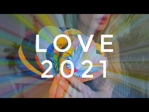 2021 Love Predictions - Wat is er nieuw in liefde in 2021? KIES EEN KAART Tarot