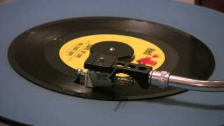 The Dixie Cups - Chapel Of Love - 45 RPM