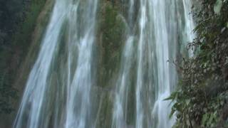 preview picture of video 'Dominicana Republica Samana El Limon Waterfall (HD)'