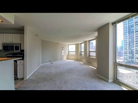 A bright, spacious River North one-bedroom at The Chicagoan
