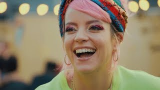 Lily Allen – Backstage Pass