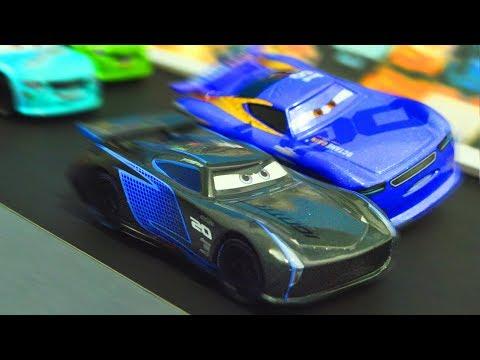Disney Pixar Cars 3 JACKSON STORM & DANNY SWERVEZ