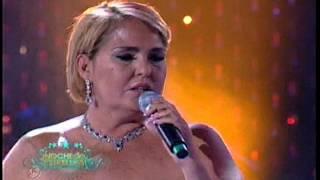 Leona Dormida (En vivo) - Lupita D'Alessio  (Video)