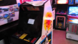 Tour of Fantasy Raceway in Rochester NY: Pinball, Video Arcade, Slotcars