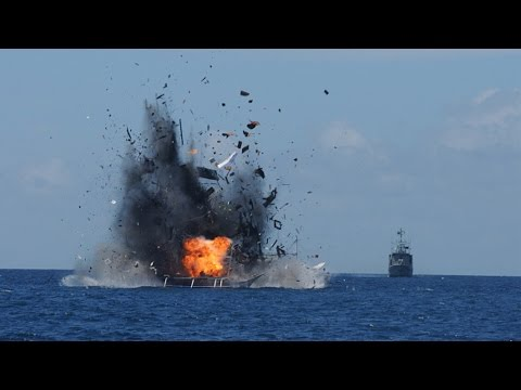 "Indonesia ""Attacks"" China In South China Sea! 
