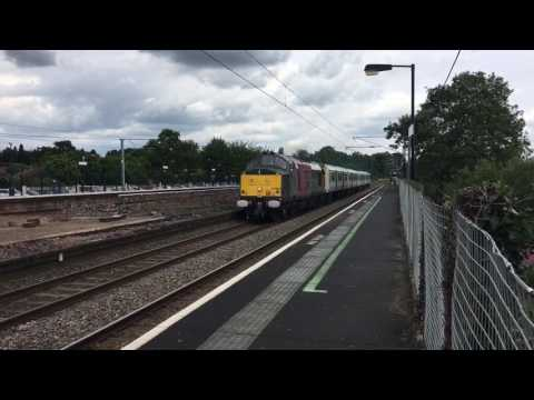 Rail Operations Group 37884 powers through Northfield with 3…
