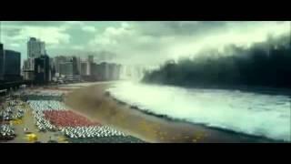 Trajedia en japon tsunami echo en la vida real 360p
