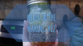 Meals In The Making #12 | Mason Jar Taco Salad!!!