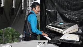 La novia fea yañez y sus teclados