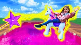 Las Ratitas hacen magia con el unicornio pretend play with the unicorn colors
